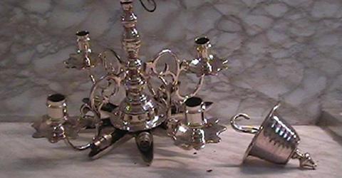 polissage Lampe de Chabbat en bronze